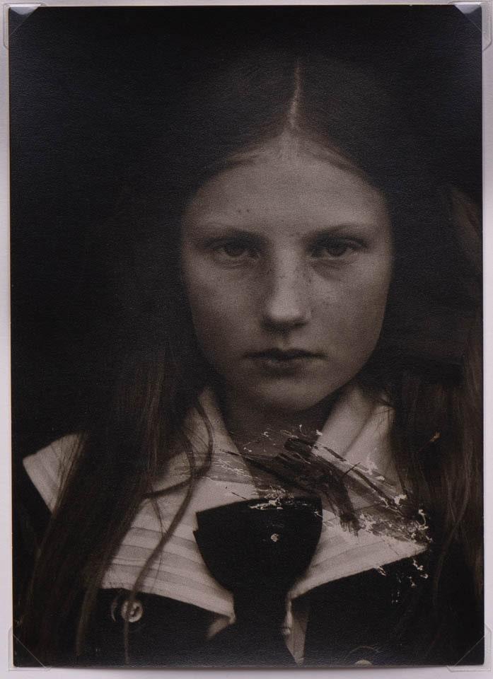 Wanda Illukiewicz, c. 1912odbitka żelatynowo-srebrowa na papierze fotograficznym, 17.4 x 12.6 cm